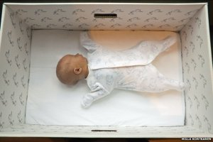 baby in a box_Finland